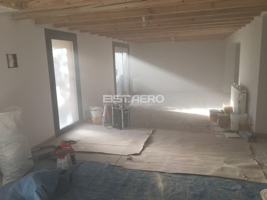 odeur de fioul dans un mur dans une maison en auvergne bst aero. Black Bedroom Furniture Sets. Home Design Ideas